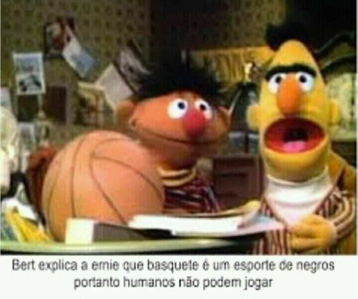 Sofála merda Ernie - meme