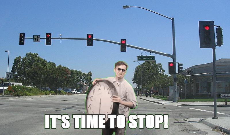 Quando vc vai atravessar a rua no sinal vermelho e o motorista tenta avançar o sinal - meme
