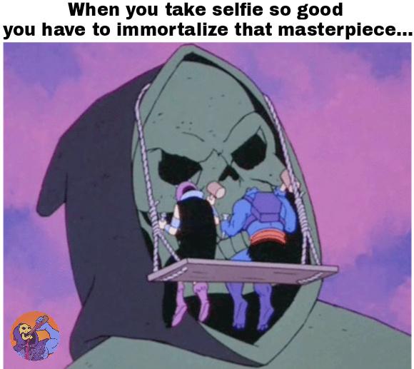 Golden selfie - meme