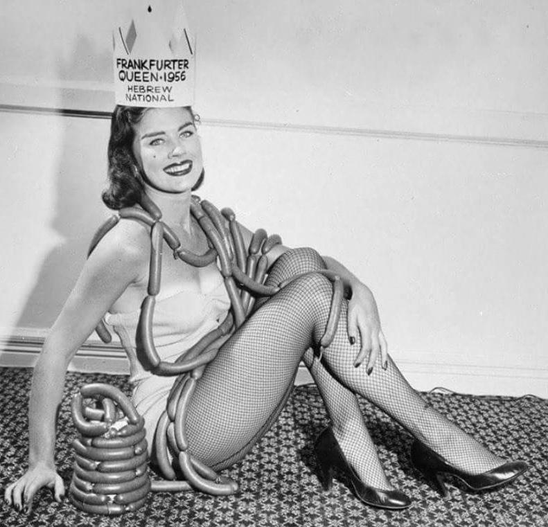 sausage queen! - meme
