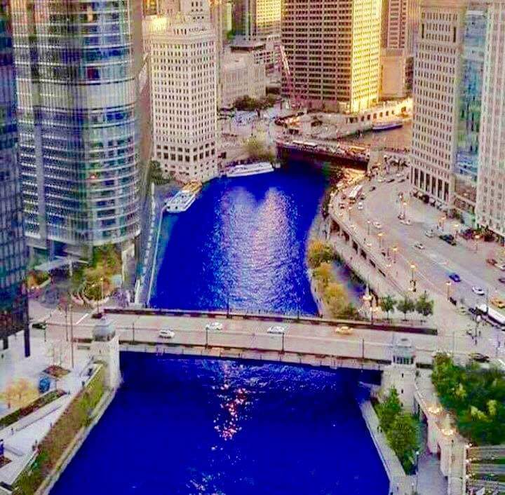 Chicago dyes their river blue for the cubs - meme