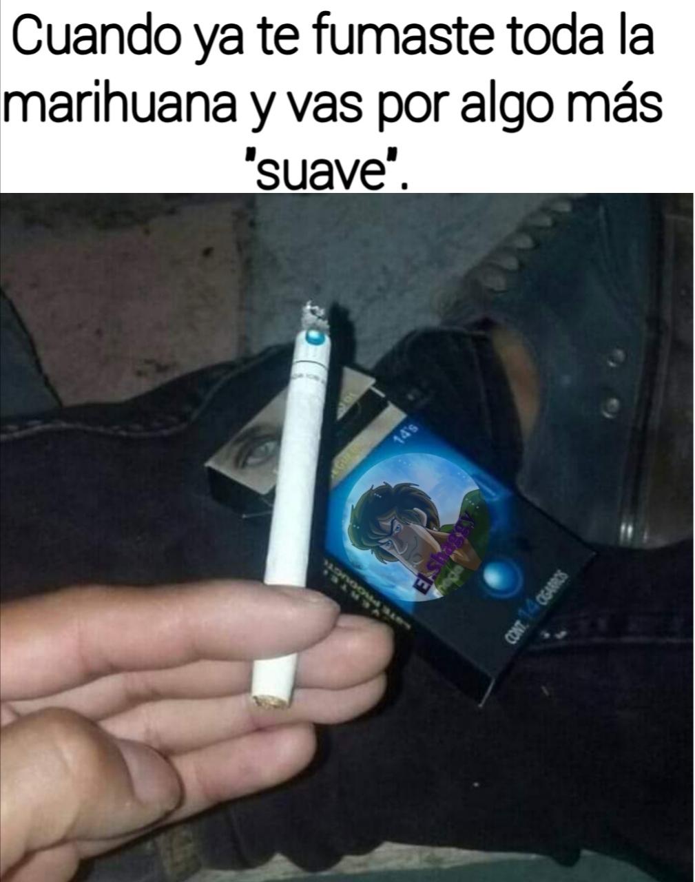 El título se fue a fumar un cigarro. - meme