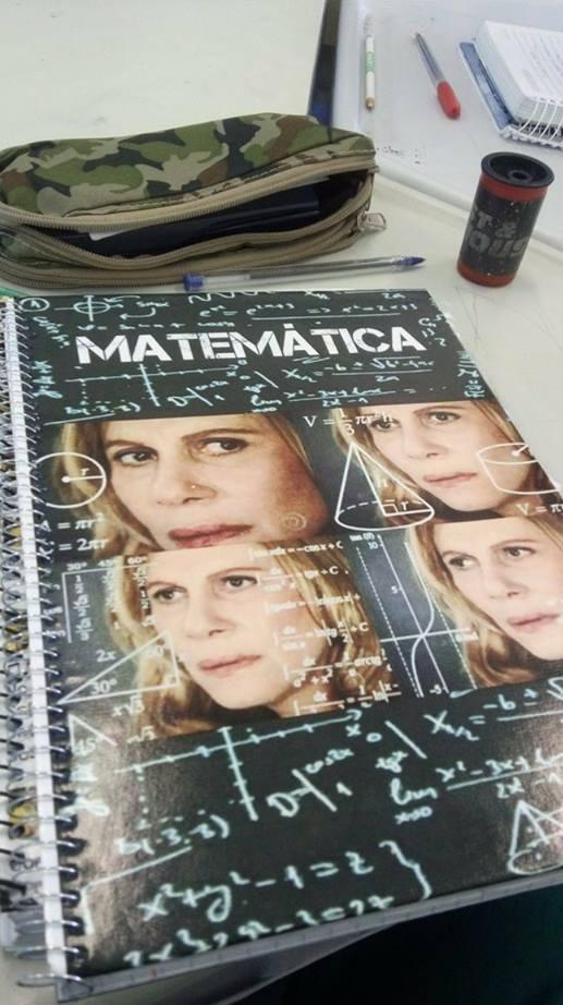 O caderno perfeito de matemática não exi... - meme