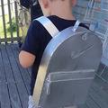 Imagina chega na escola com uma mochila dessas kkk
