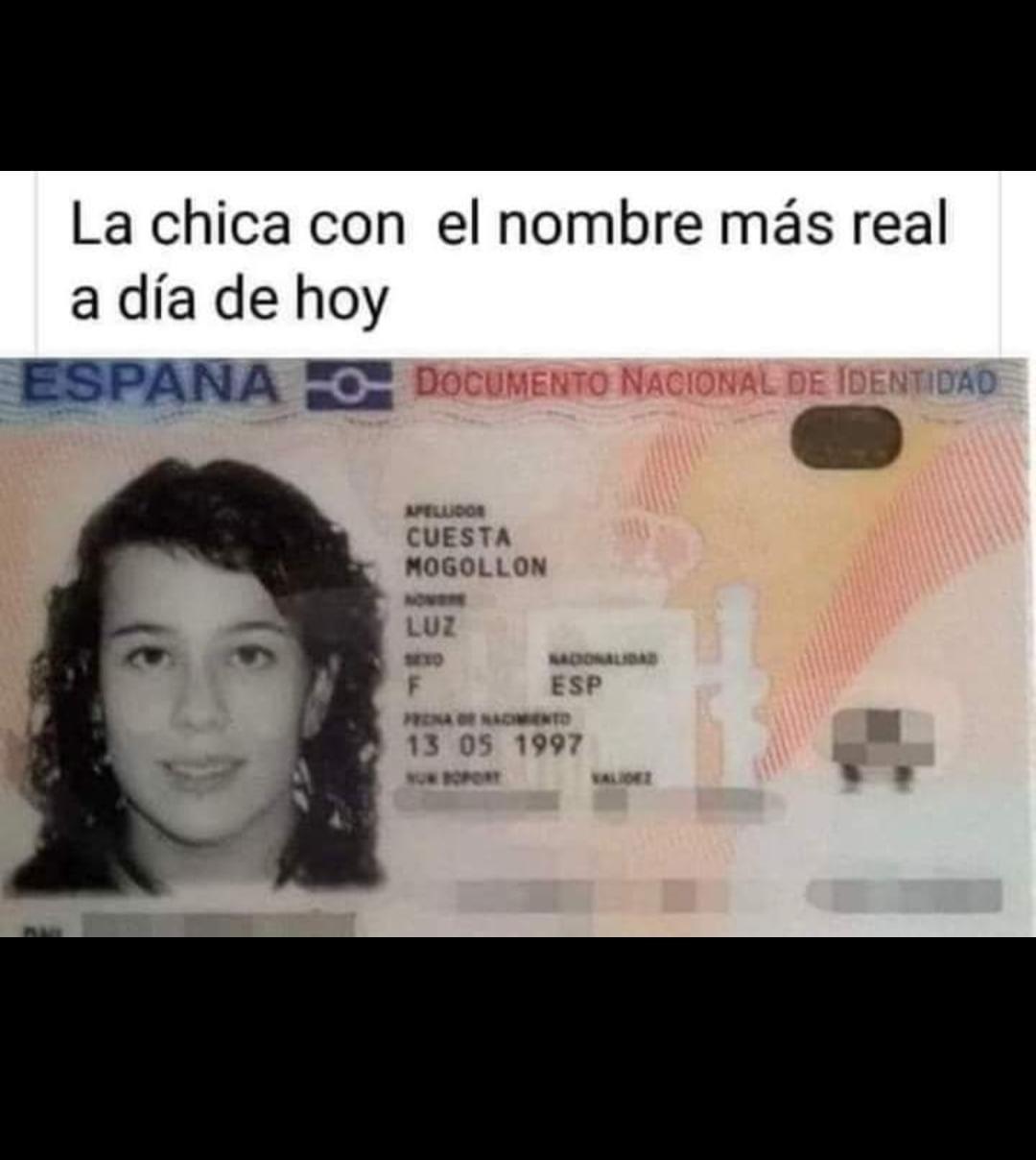 Momento España - meme