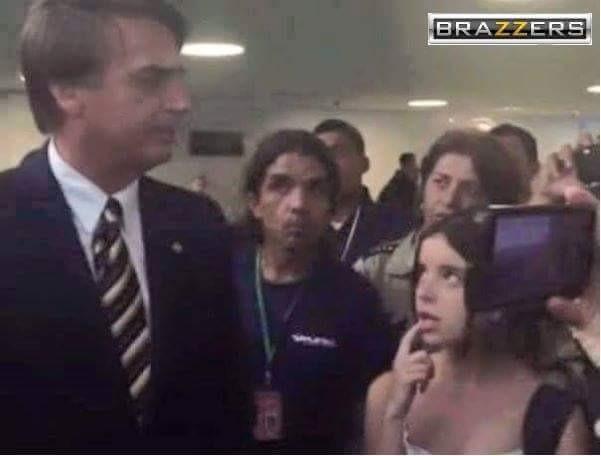 """""""Ninfeta safada fica molhada com o futuro presidente do Brasil."""" - meme"""