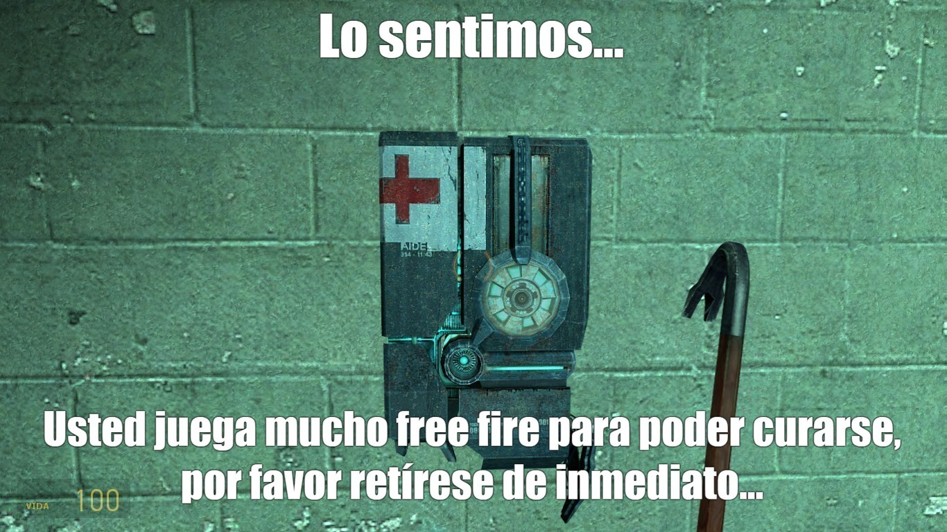 """los jugadores de free fire se """"curan"""" con penes... - meme"""