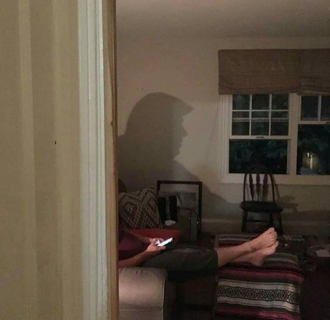 Quién esta en mi casa? - meme