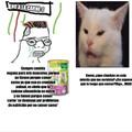 Lo mejor es que el gato de la  foto se hizo famoso  por no comer vegetales