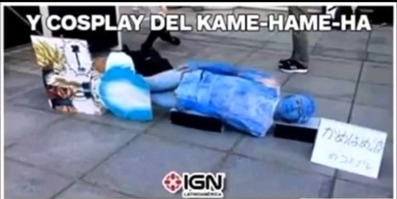 Cosplay Kame-hame-ha (perdón por la calidad de la imagen pero así es) - meme