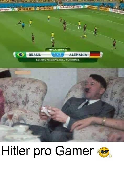 Hitler pro gamer humillando los macaquinhos *carita fachera* - meme