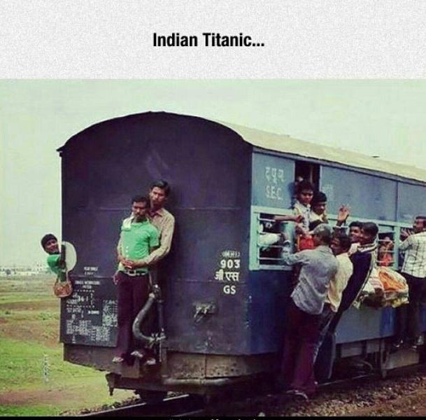 Titanic na índia - meme