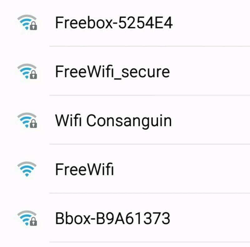 je pense que j'ai trouvé le wifi a butjustwhy (il vient du Nord) - meme