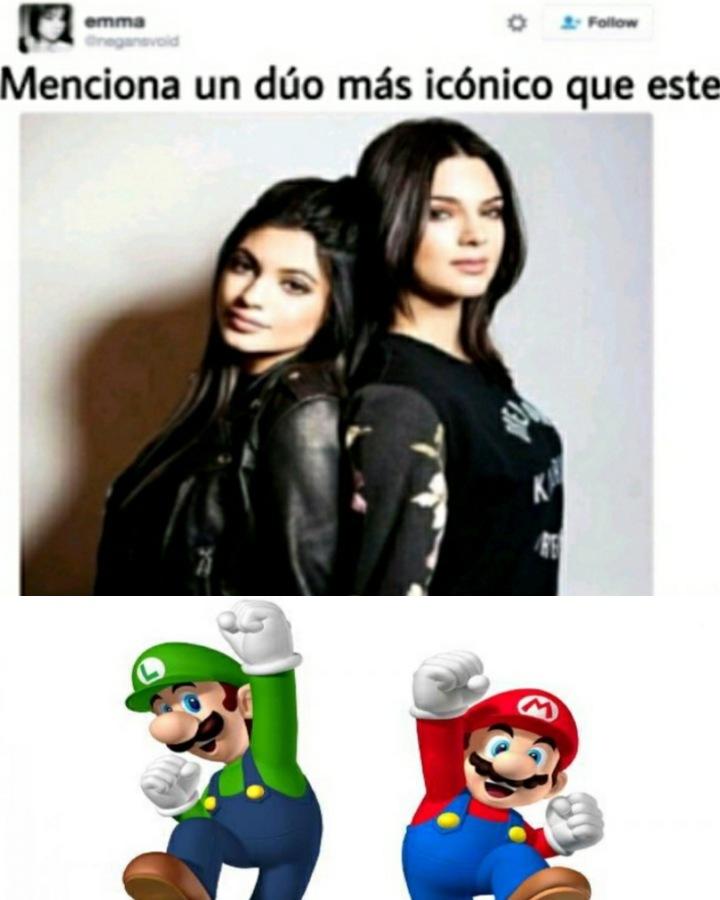 Mario verde y Luigi rojo - meme