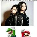 Mario verde y Luigi rojo