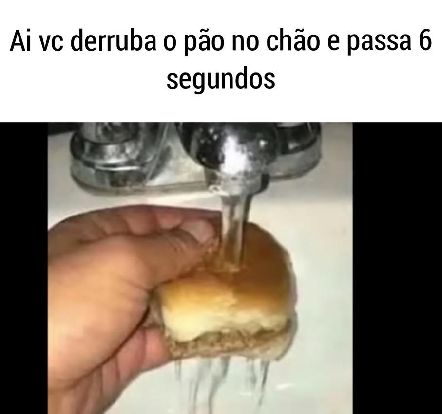 Pão molhadu - meme