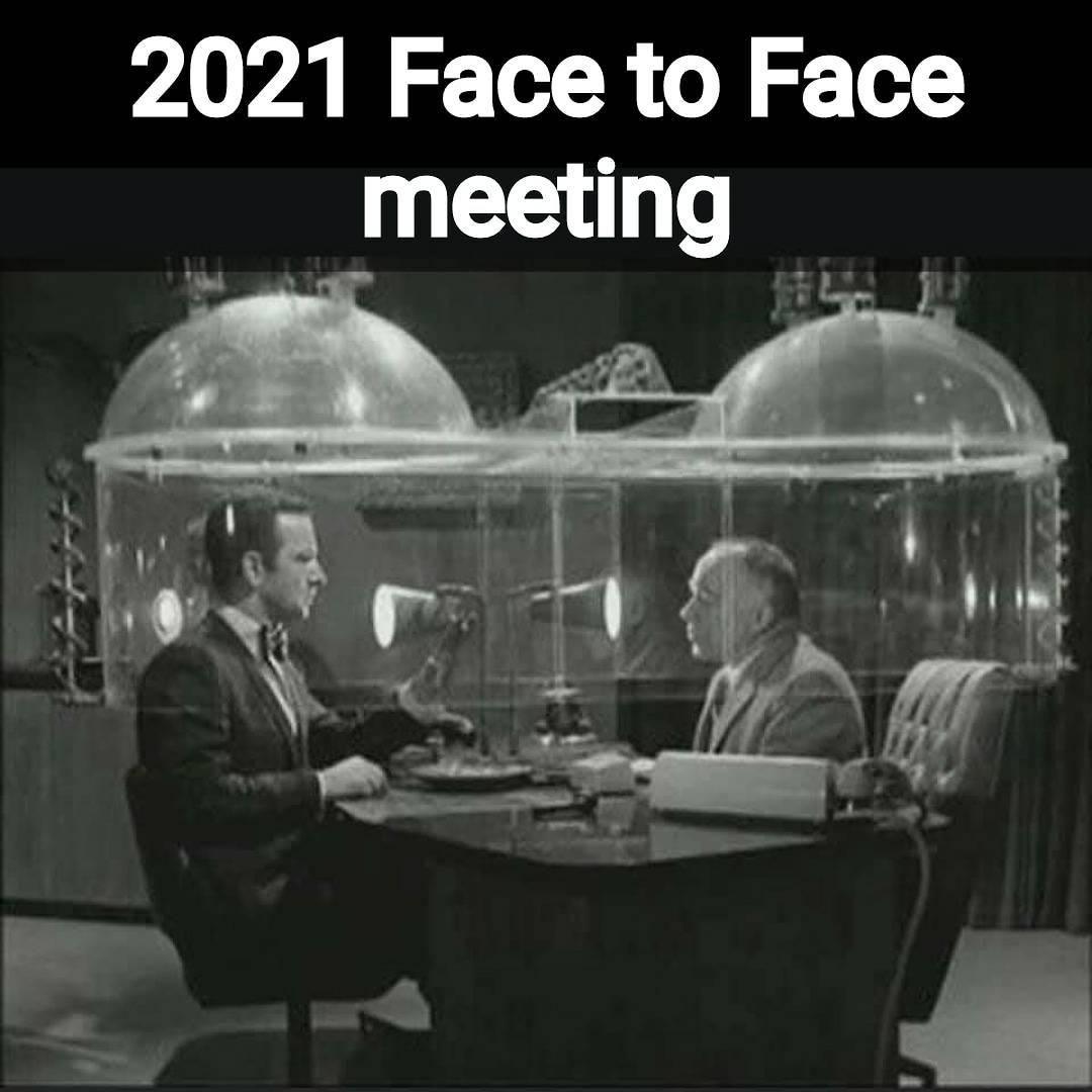 Zoom 2025 - meme