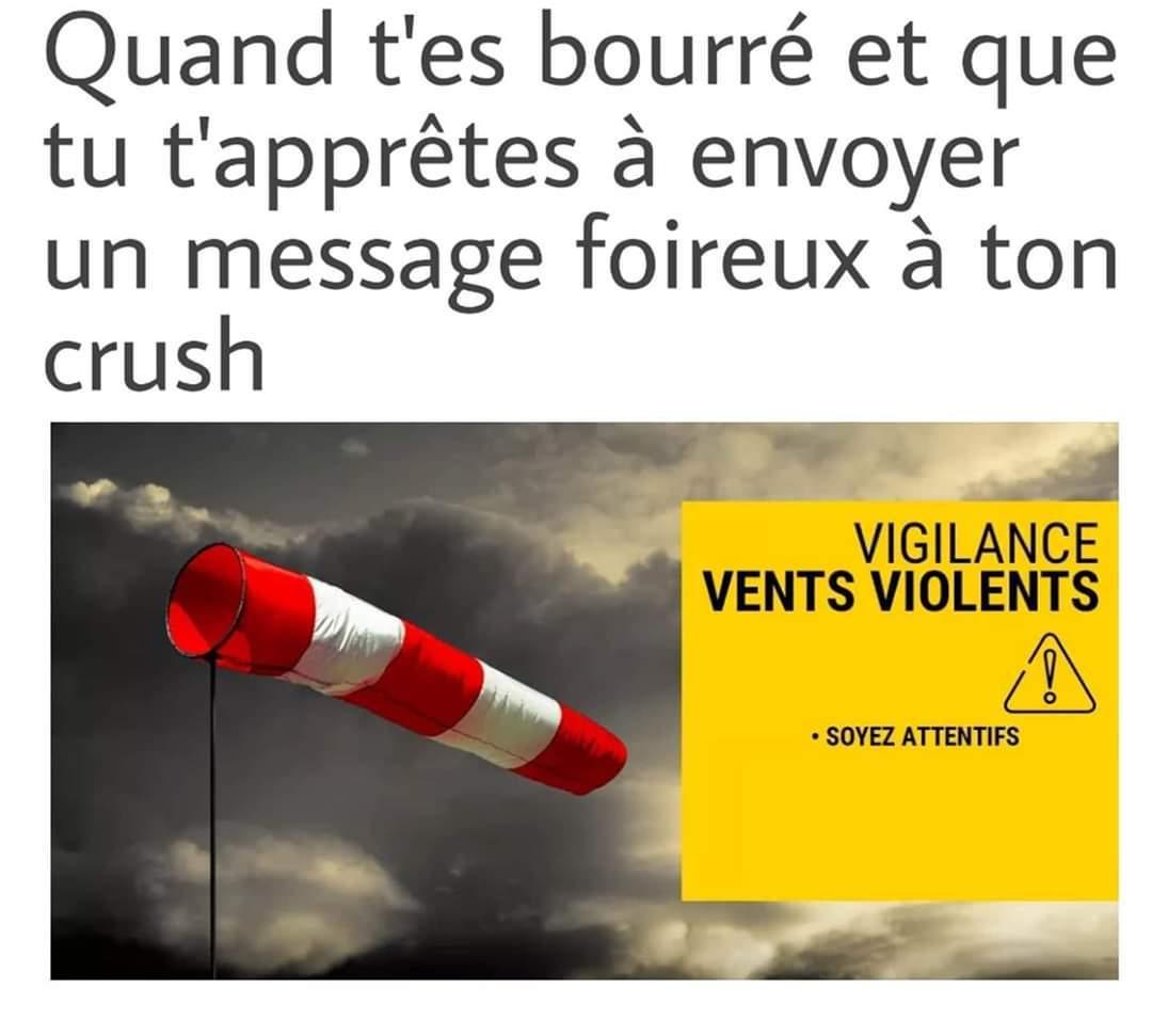 """Hé salut tu sors ce soir ? ^^ :3 on se voit au RU demain x)! ^^"""" - meme"""