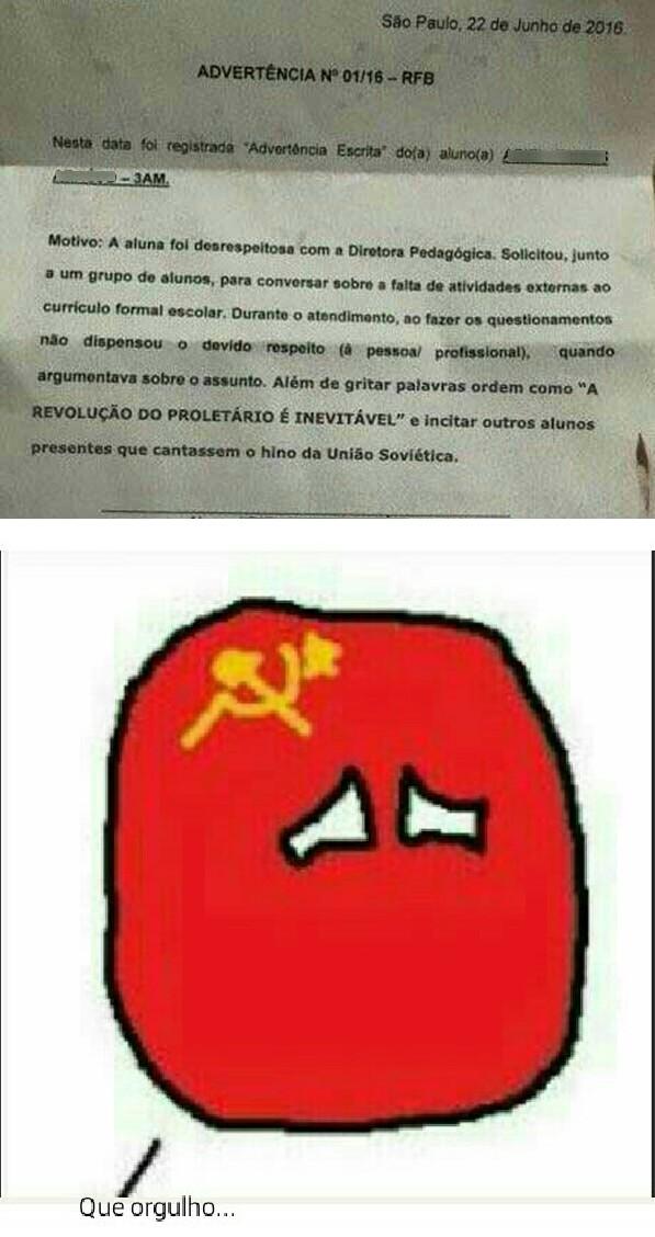 Lenin, Marx e Trotsky estariam emocionados - meme