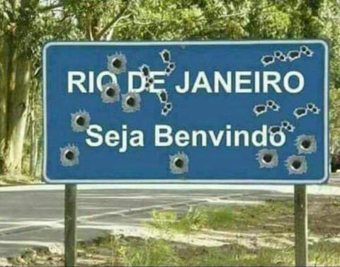 Eu moro no Rio de Janeiro, é uma merda - meme