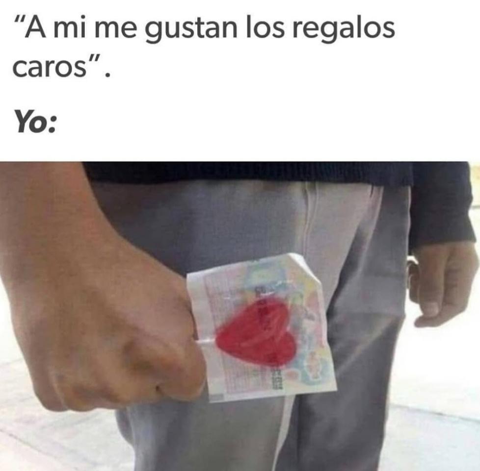 Me comic mi corazón :v - meme