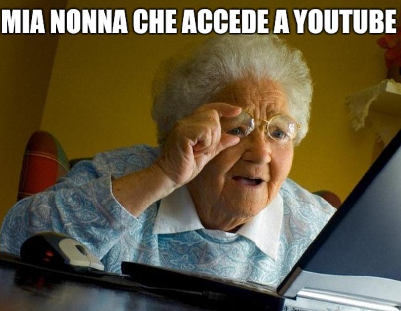 Povera nonnina - meme