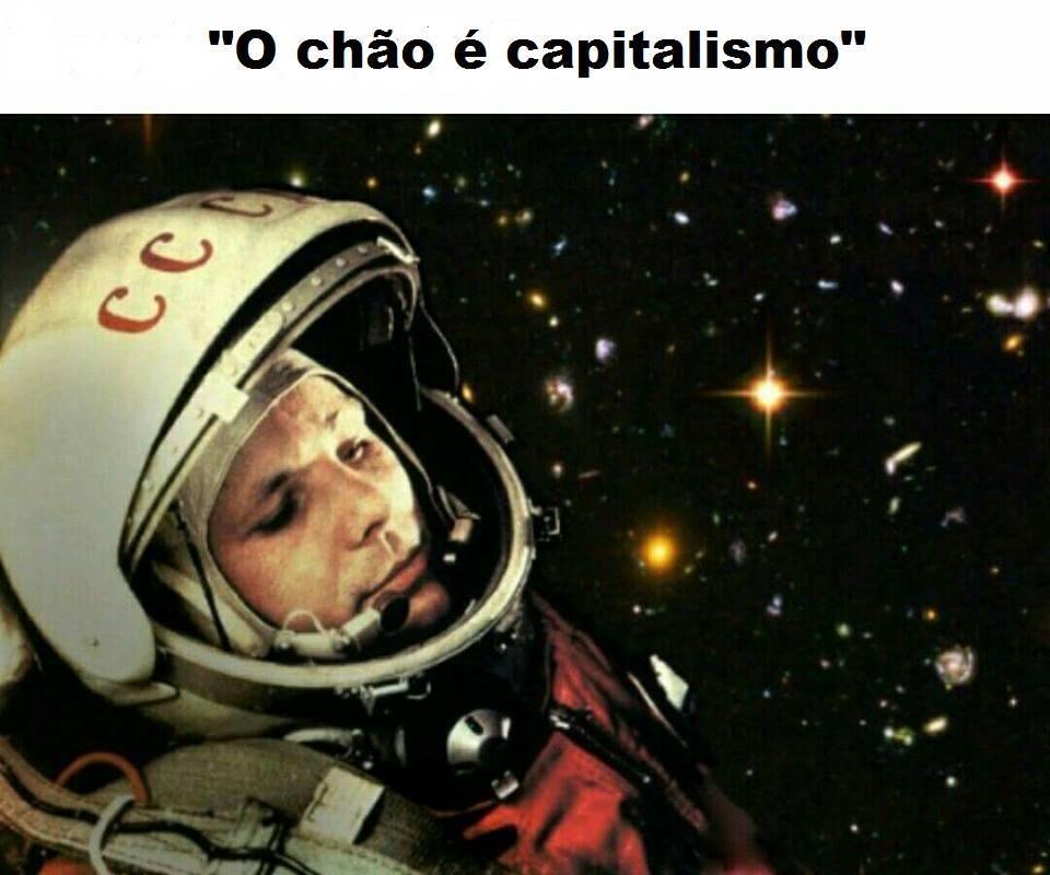Primeiro homem a ir pro espaço - meme