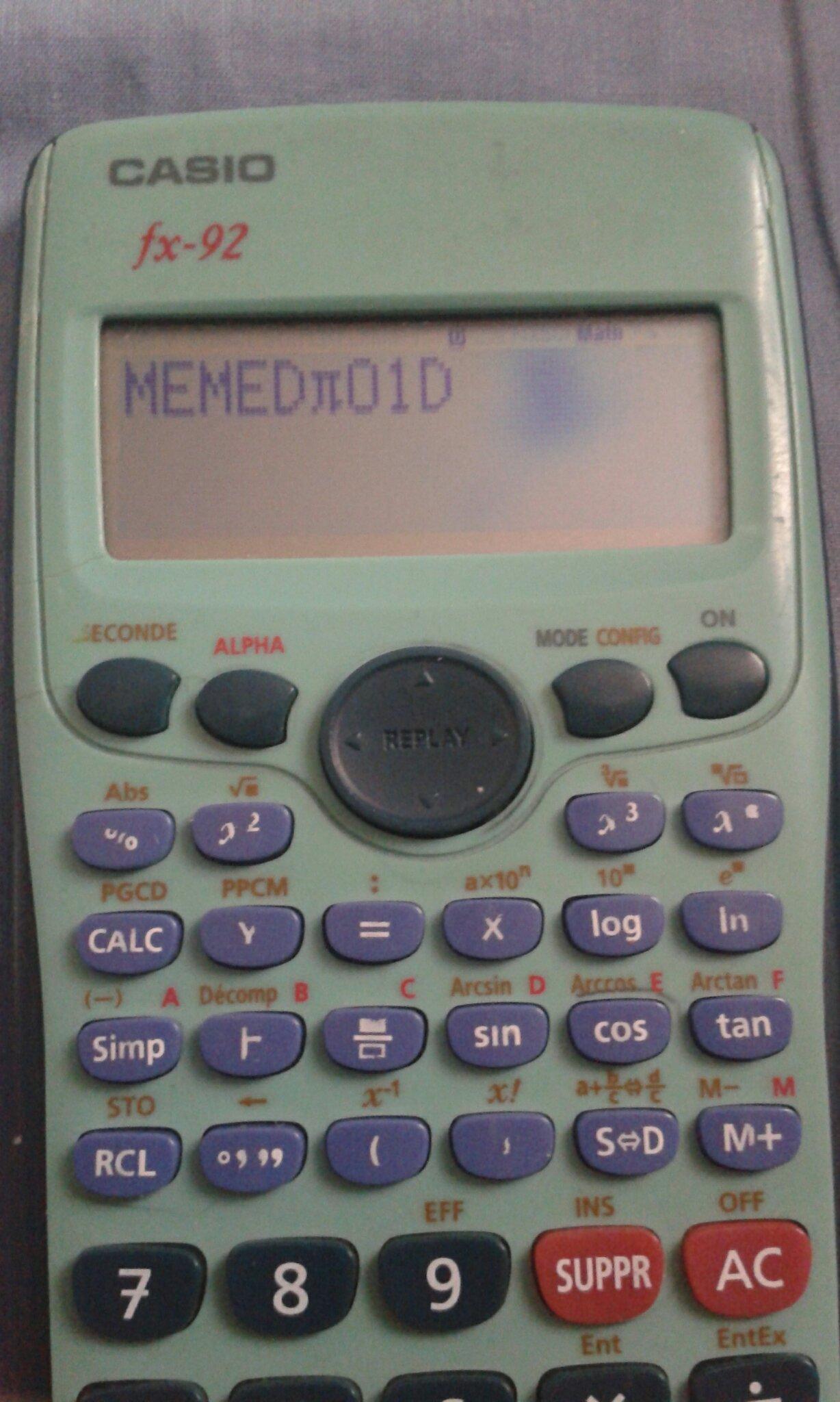On se souvient tous de cette calculatrice ^^ - meme