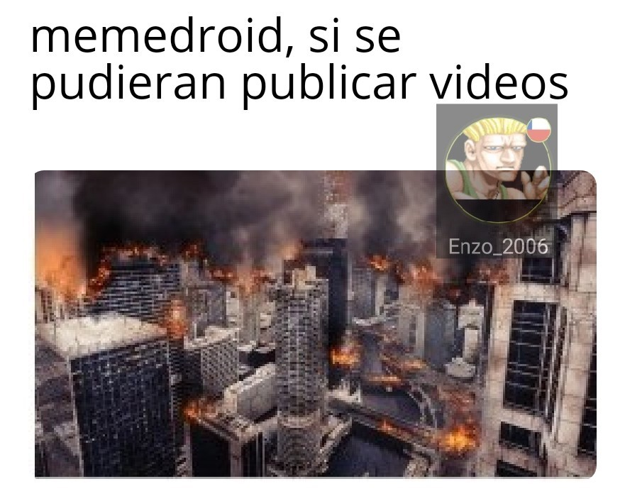 Mucha critica - meme
