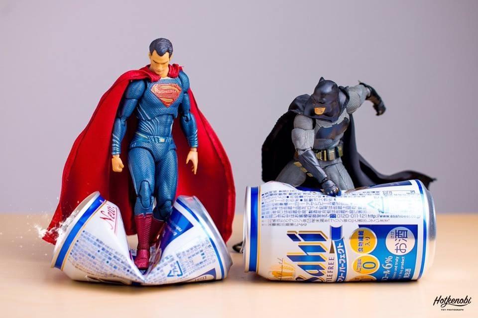 """Batman: """"espera aí que eu vou ali em casa me preparar"""" - meme"""
