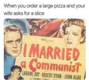 Ur mommie a commie - meme