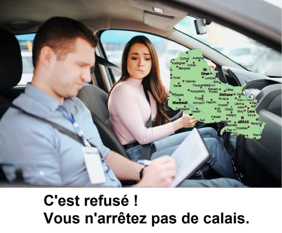 Je suis à Calais tout août - meme