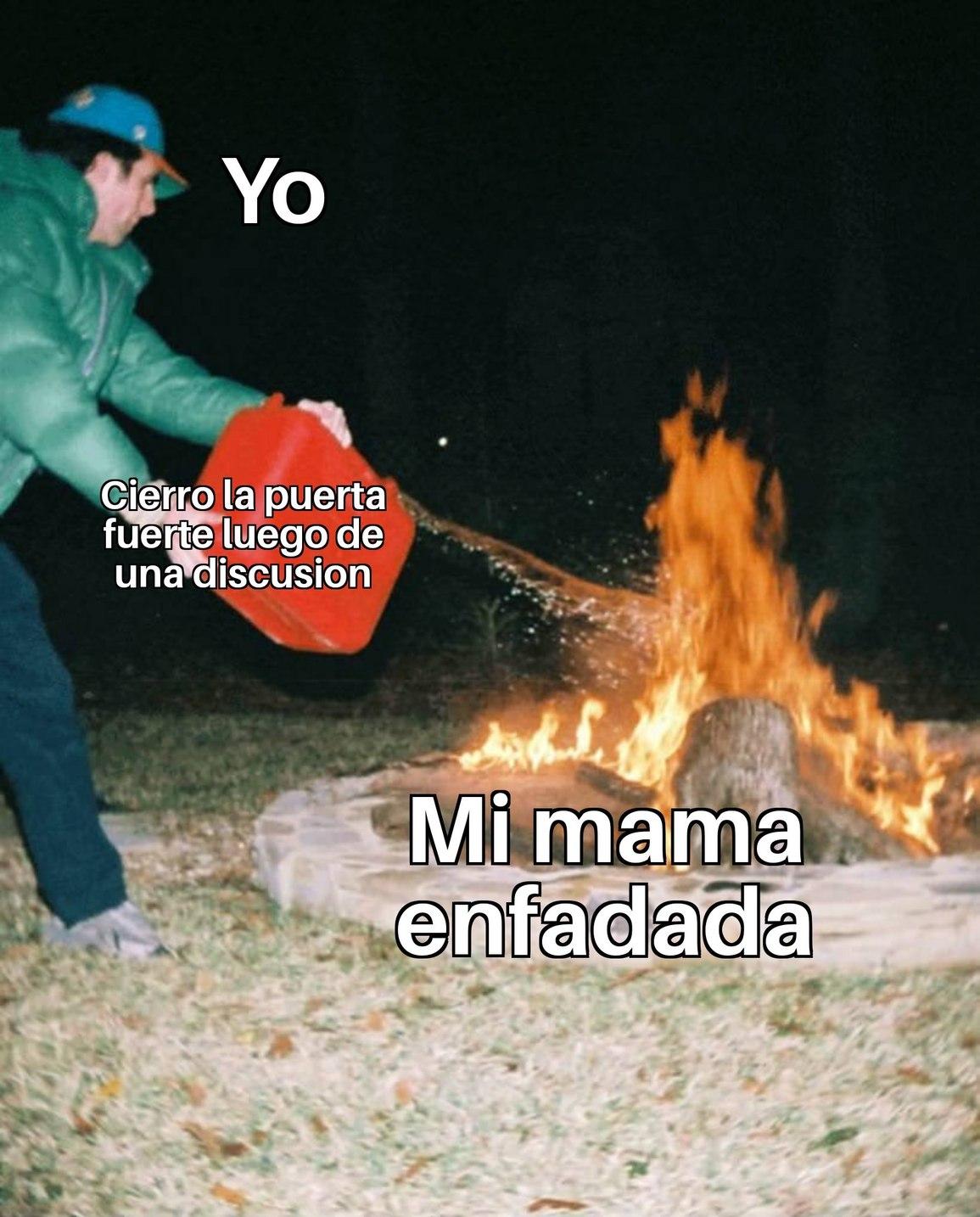El liquido que tira al fuego es gasolina - meme