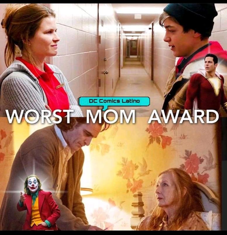 La peor madre del año es para(? - meme