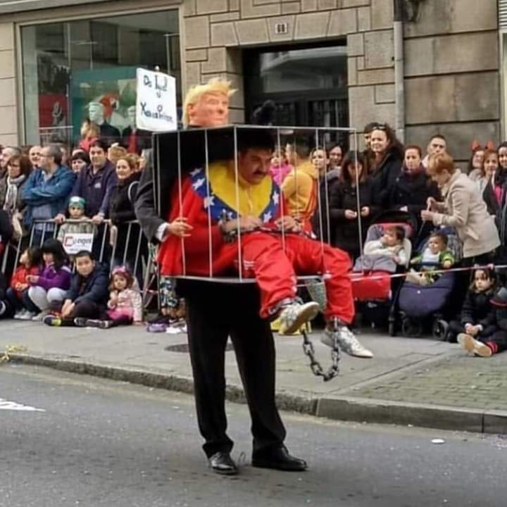 Fantasia pro carnaval - meme