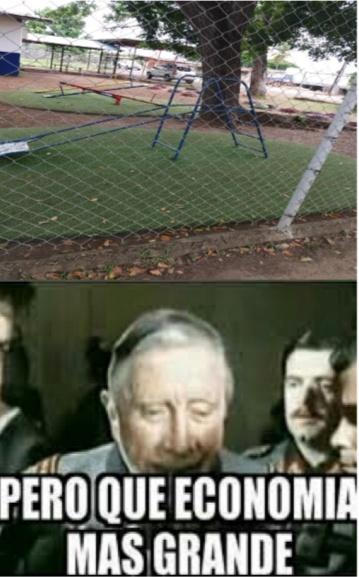 Un parque escolar - meme