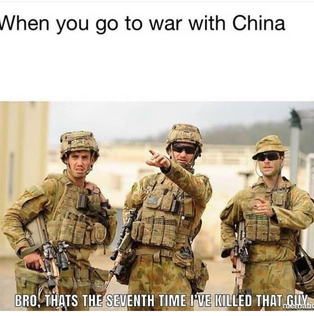 """""""Quand tu pars en guerre contre la Chine"""" """"-Les gars c'est la 7ème fois que j'ai tué ce gars"""" - meme"""