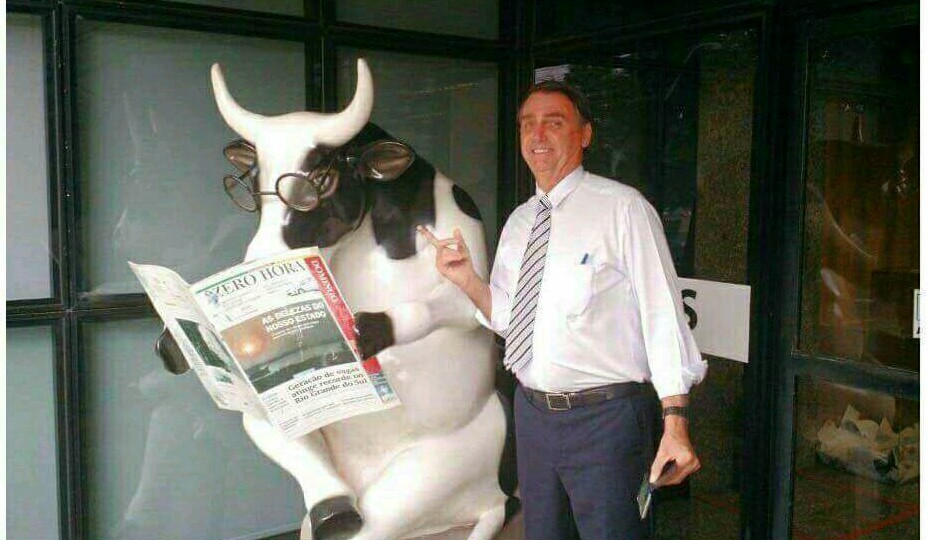Foto do Bolsonaro com Whinderson - meme