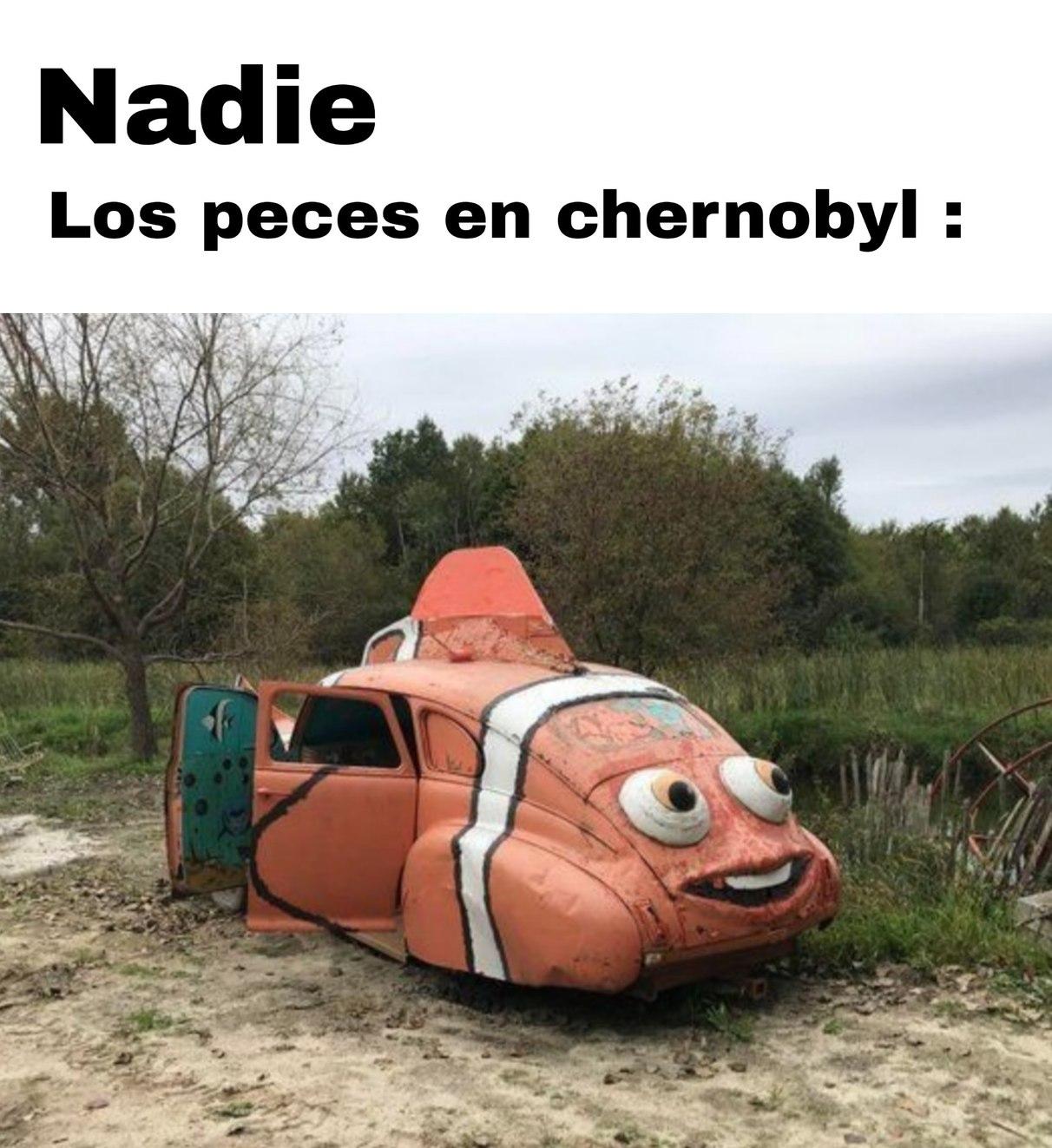 Mientras em chernobyl - meme