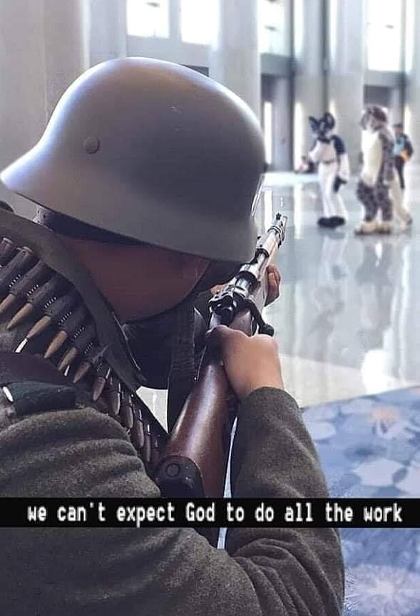 """""""Nós não podemos esperar que Deus faça todo o trabalho"""" - meme"""