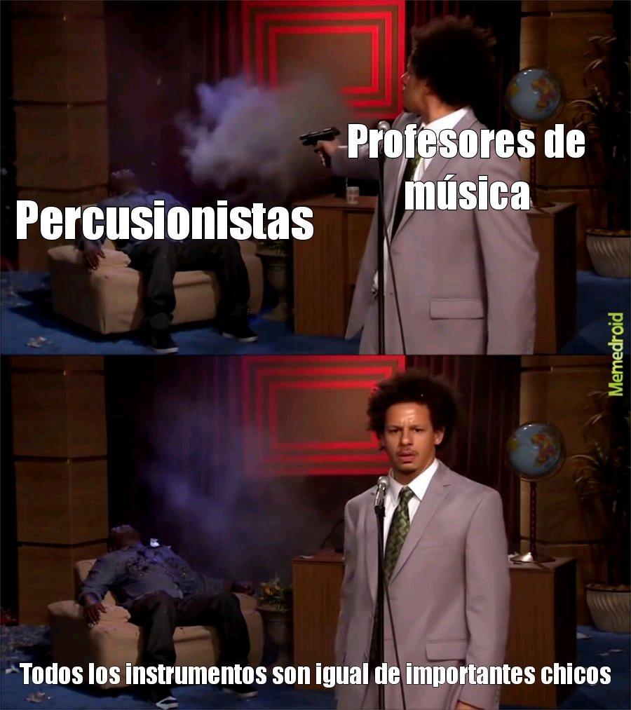 Bajistas y percusionistas, los bajistas lo tienen peor - meme