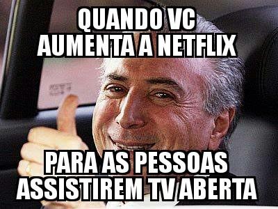 Por isso que o Brasil n cresce - meme