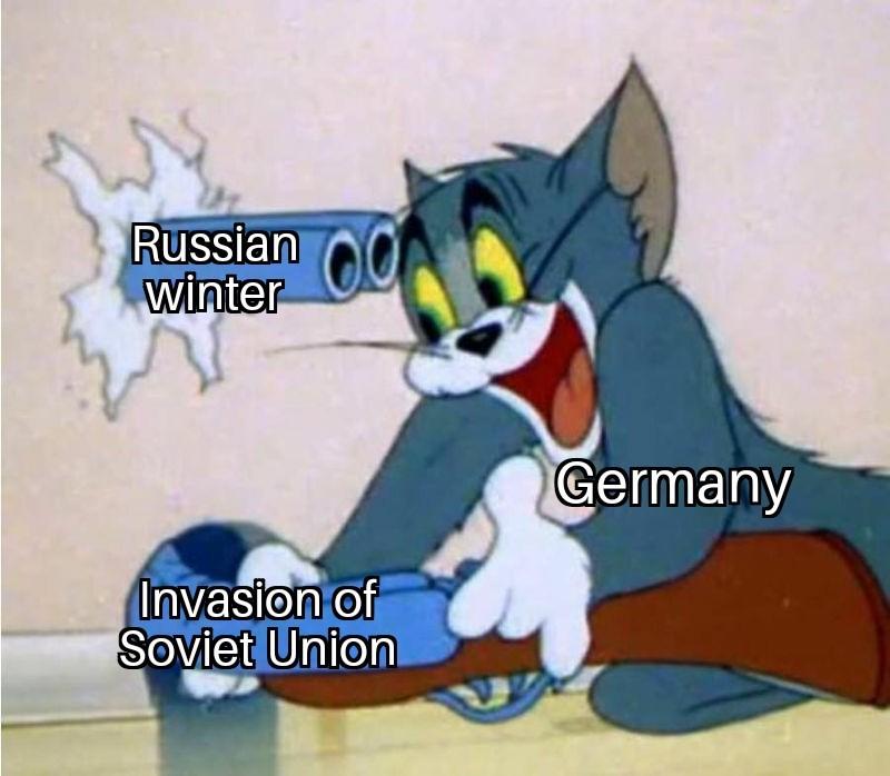 *laughs in Stalingrad* - meme