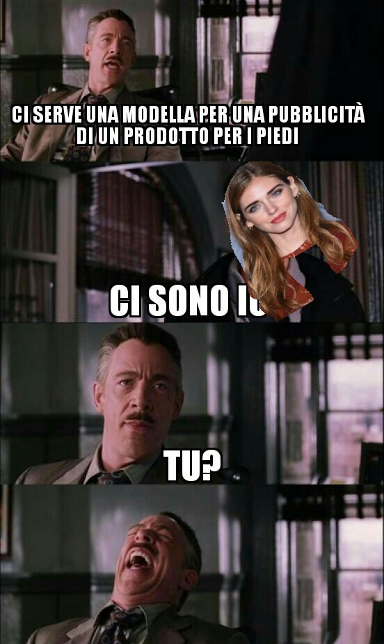 Big foot Ferragni - meme