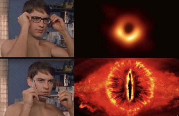 Primeira foto tirada de um buraco negro - meme
