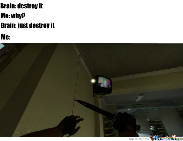 everyone destroys tv in de_mirage - meme