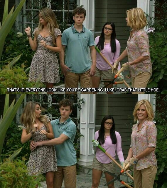modern family is one of my favorite shows - meme