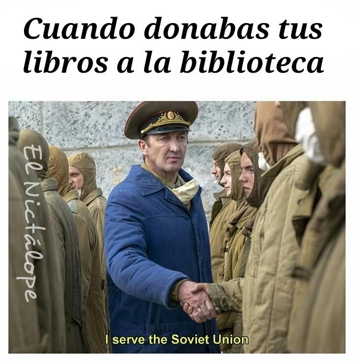 Biblioteca de la escuela - meme