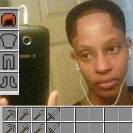 beware of minecraft hoes, they only be after your diamonds - meme