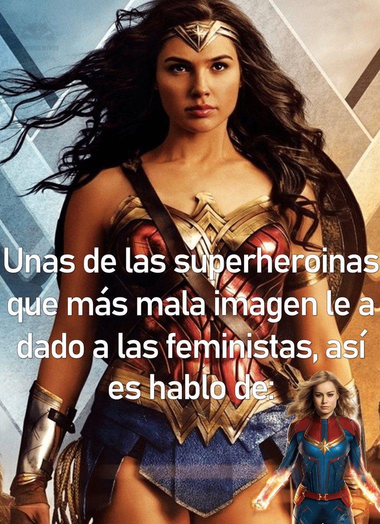 capitana marvel es un triste intento por parte de marvel de atraer feministas :changemymind: - meme